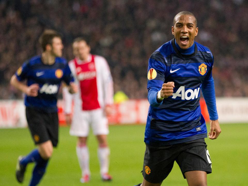 OFICIAL: Manchester United anuncia duas renovações