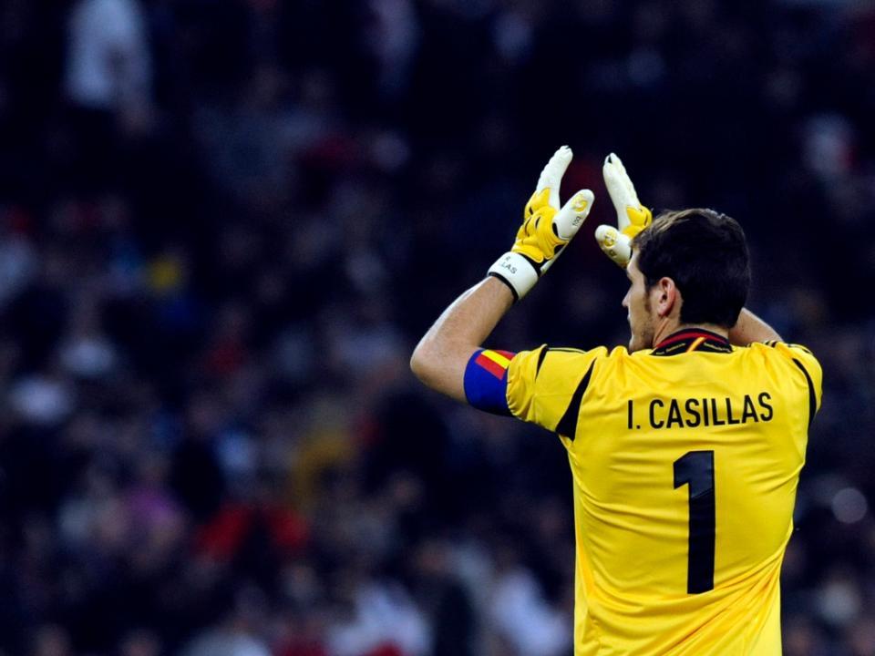 Zidane: «Fiquei feliz por ver Casillas titular na seleção»