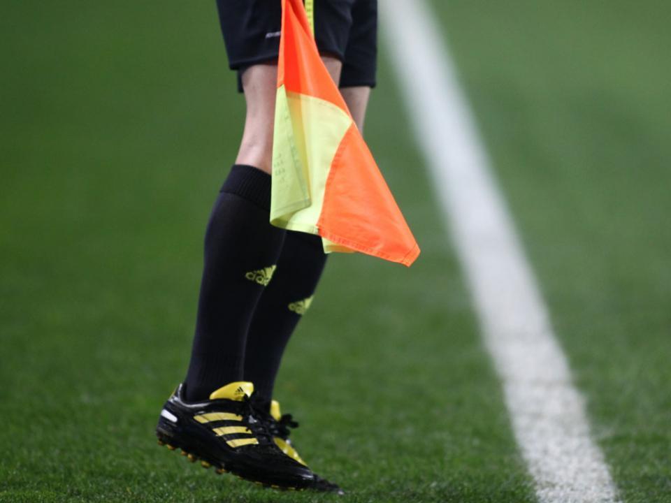 Estoril-Dínamo Moscovo: árbitro é um velho conhecido dos canarinhos