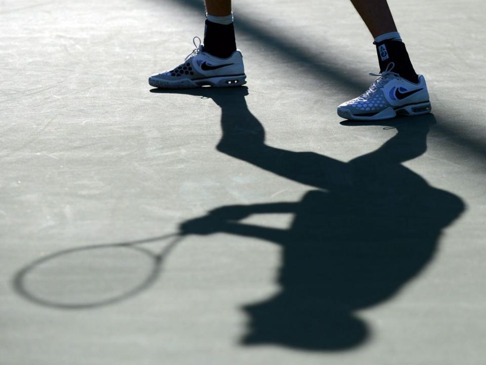 John Isner conquista torneio de ténis de Atlanta