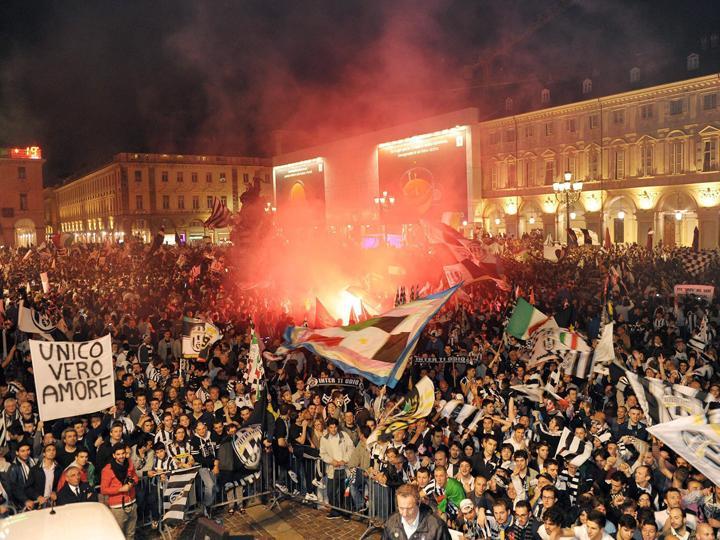 Festa da Juventus (EPA/ALESSANDRO DI MARCO)
