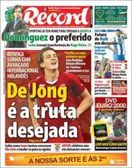 Record: Benfica atento à Holanda, Dominguez na equipa B do Sporting