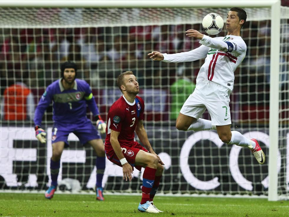 Euro 2012: República Checa vs Portugal (EPA)