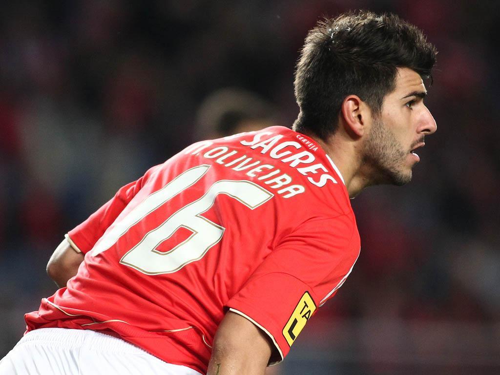 Benfica: Rennes é «hipótese muito forte» para Nélson Oliveira