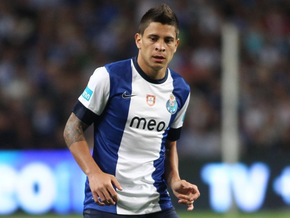 FC Porto: Iturbe deve ser emprestado ao Verona