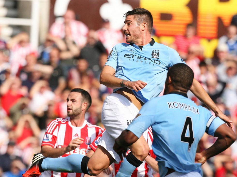 Javi García: estreia e golo pelo City frente ao Stoke [EPA]