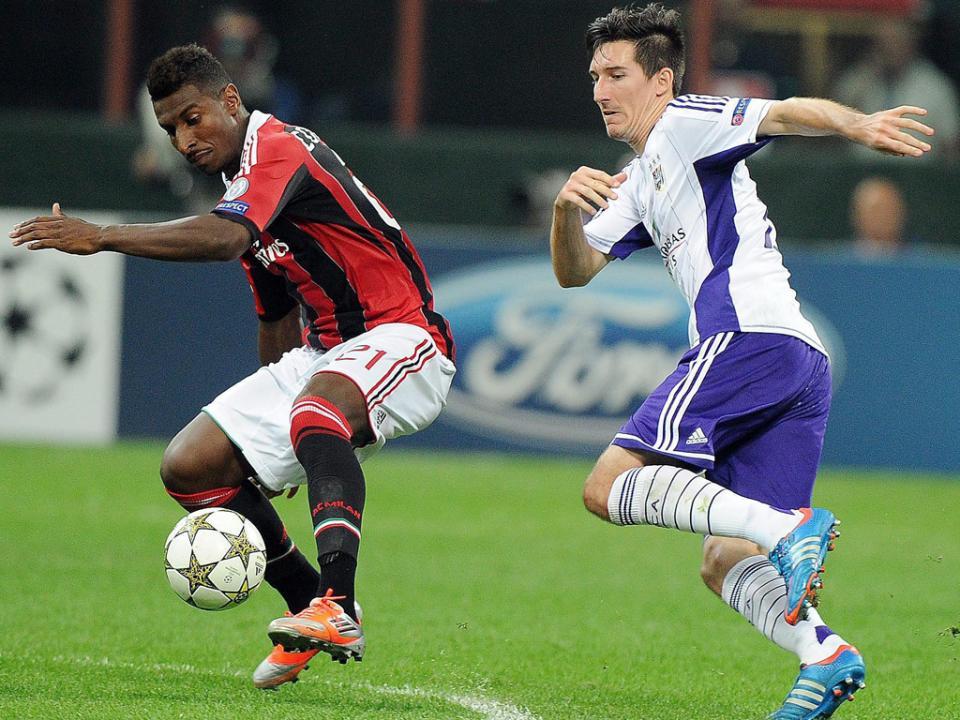 Atenção Benfica: Anderlecht perde 4-3 em Waregem