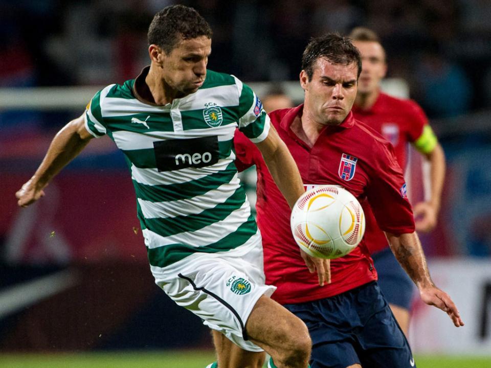 Sporting anuncia rescisão com Boulahrouz