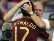 Portugal-Inglaterra, Mundial de 2006. Ronaldo compra uma guerra com os ingleses depois da expulsão de Rooney. Pelo meio ainda se torna figura ao marcar o penalty que vale o apuramento para as meias-finais
