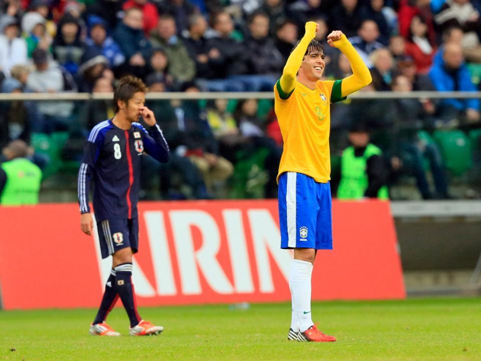 Milan: Kaká feliz por «regressar a casa»