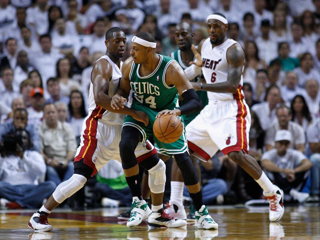 NBA: Paul Pierce assina pelos Boston Celtics...por um dia