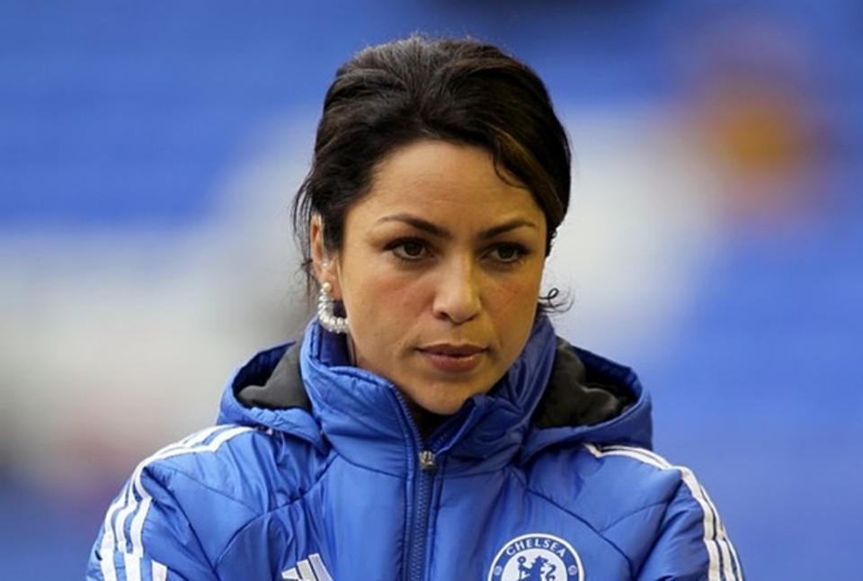 Eva Carneiro avança com uma queixa pessoal contra Mourinho