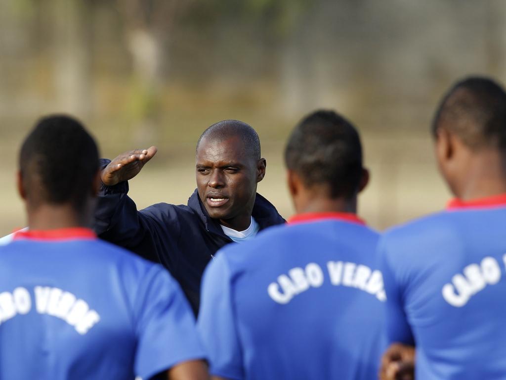Seleção de Cabo Verde vem buscar nove jogadores a Portugal