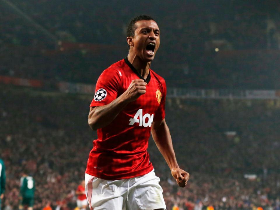 Vídeo  Manchester United recorda golo de Nani ao Chelsea ... e06ac1a933b8c