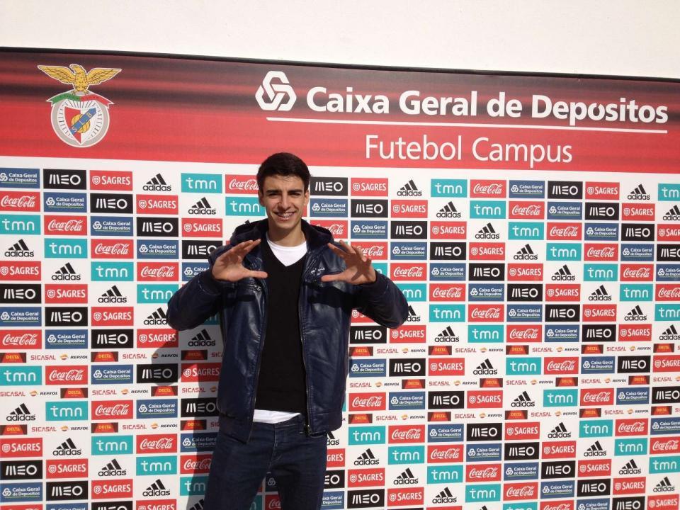 7a01e5366e II Liga  Leixões anuncia dois reforços provenientes do Benfica ...