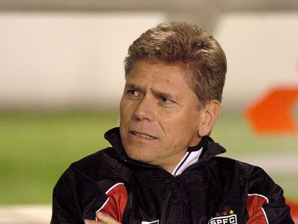 Perfil: Paulo Autuori, um treinador diferente