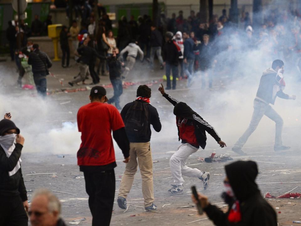 Confrontos entre adeptos da Lazio e do Sevilha provocam quatro feridos