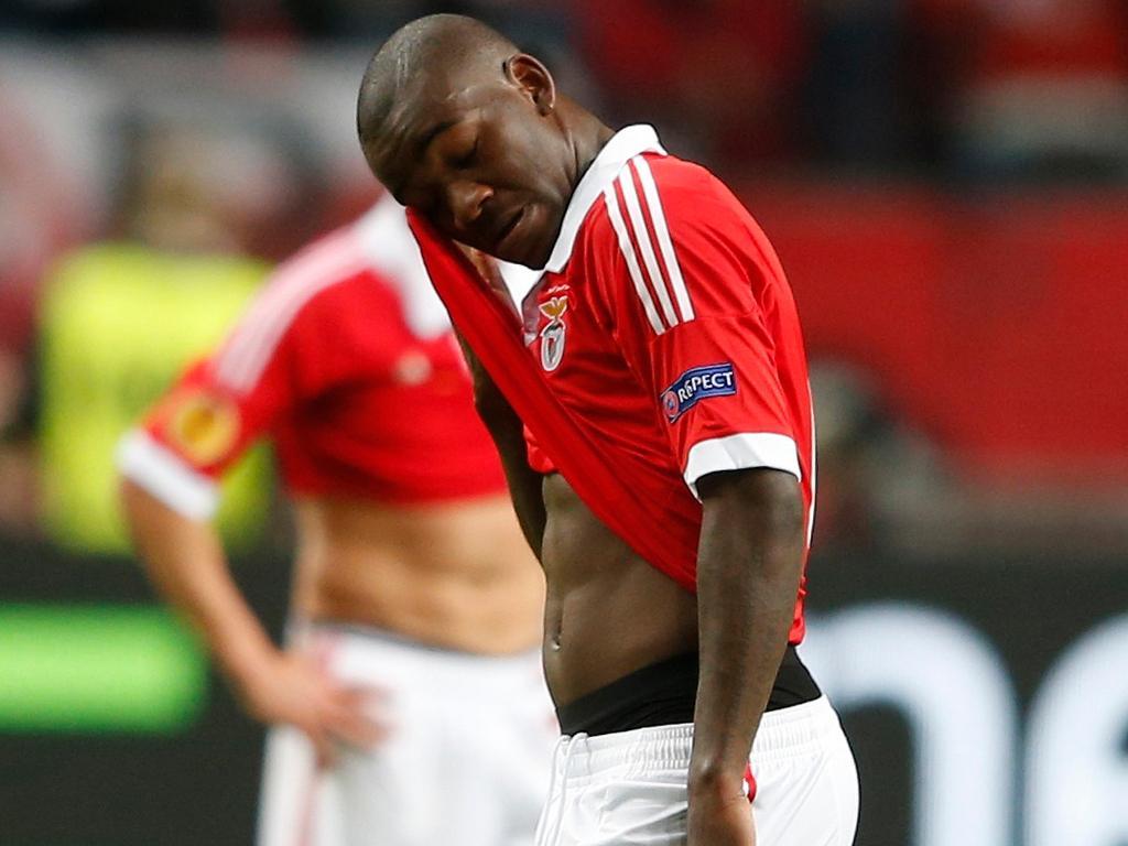 Benfica-Olympiakos (onzes): Ola John titular, Saviola no banco