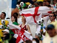 Mundial 2014: adeptos ingleses atacados em Kiev