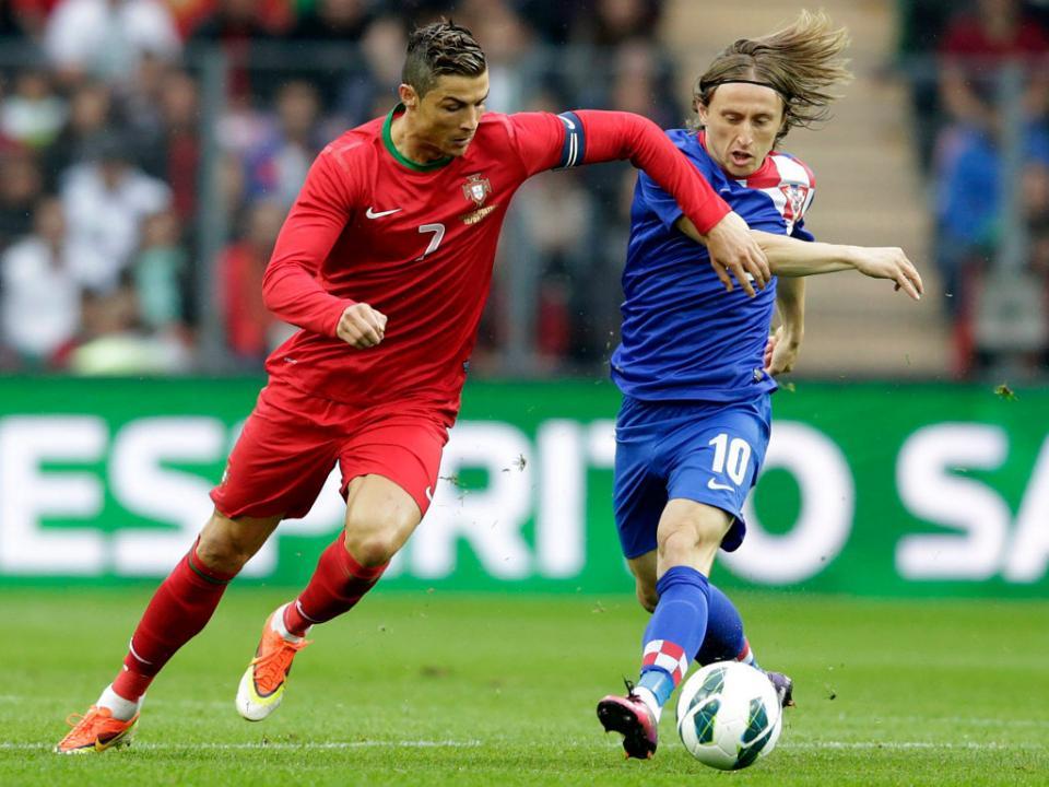Laureus  há dois futebolistas nomeados e nenhum é Ronaldo ... 06af9a986a710