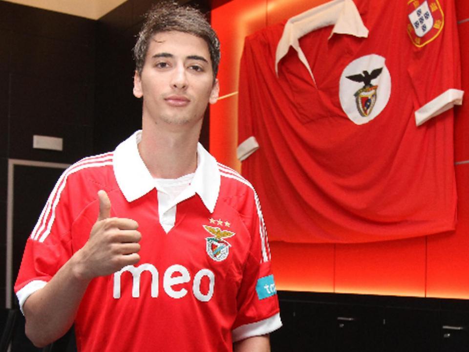 Djuricic: «Não pensei estar nesta situação no Benfica»