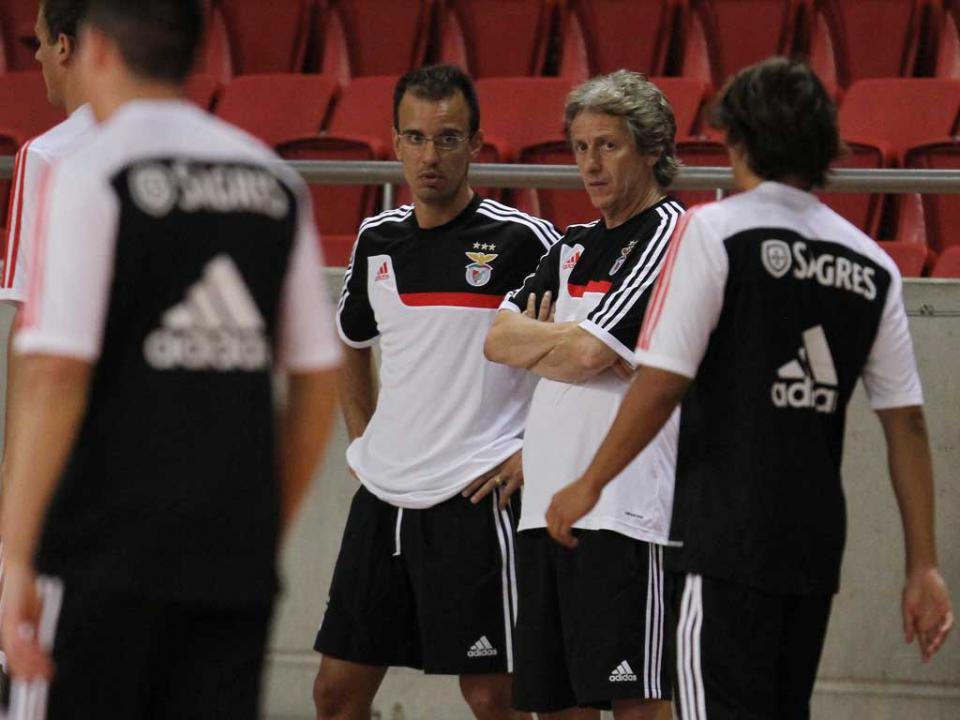 Benfica: grupo completo na quinta-feira