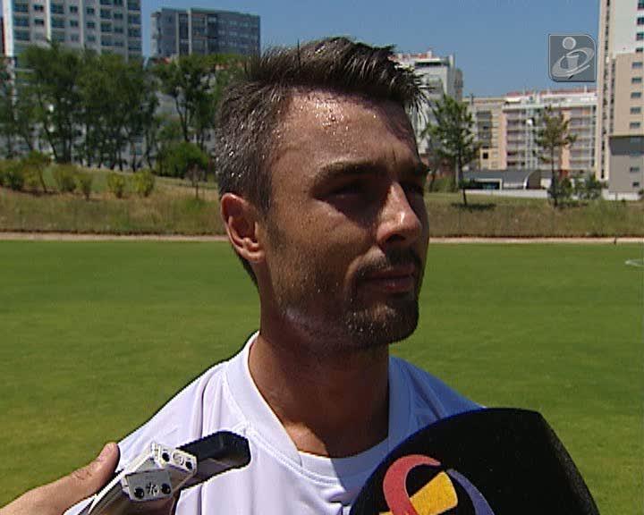 Duarte Machado rescindiu com o Belenenses e assinou pelo Olhanense