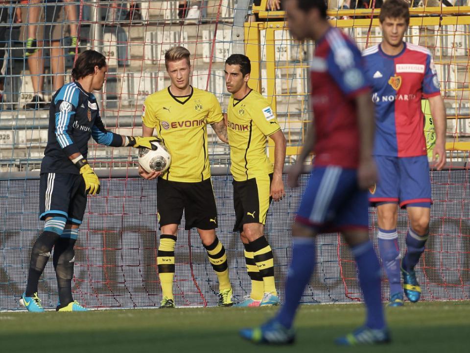 Borussia Dortmund é líder isolado na Alemanha