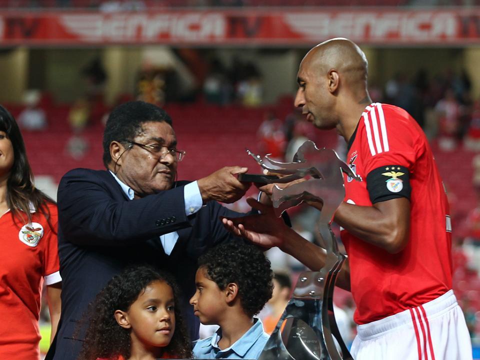 Eusébio: «Fico triste que me comparem a Ronaldo»