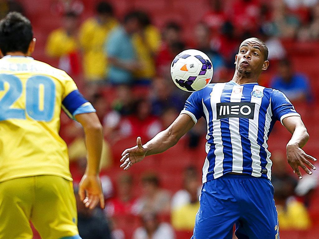 Seleção: FIFA evita falar em prazos para decisão por Fernando