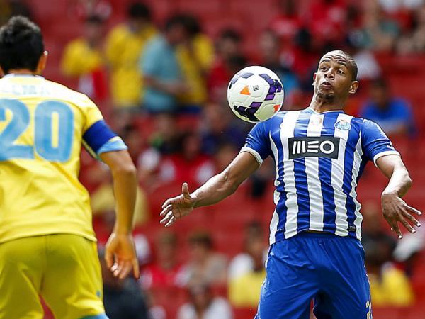 «Fernando vai jogar na Premier League», anuncia empresário