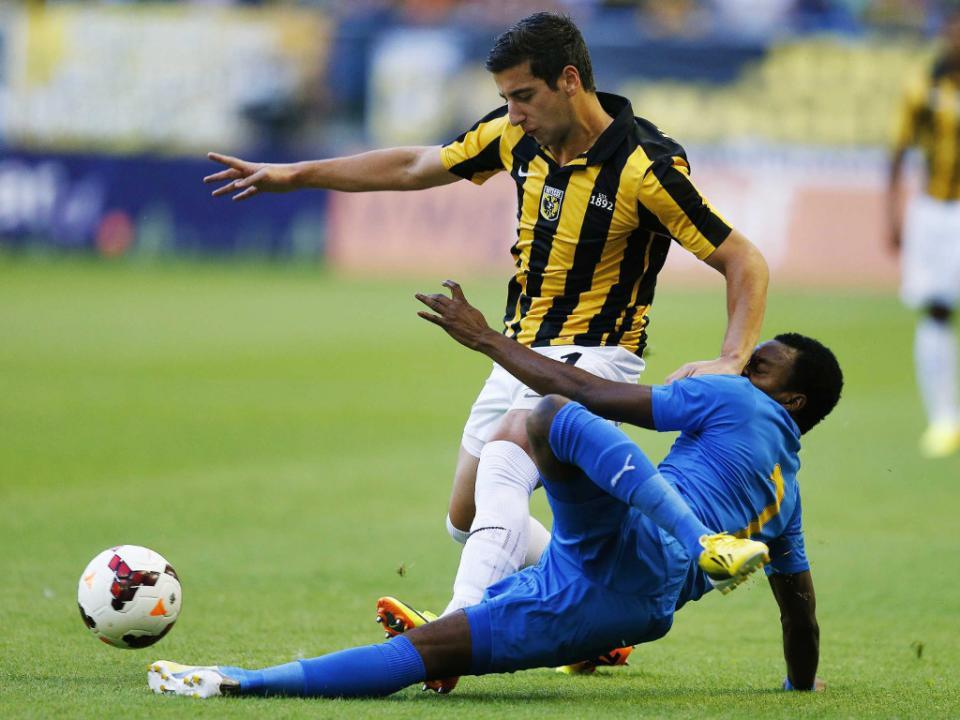 Holanda: Vitesse dá chapa seis em Eindhoven (2-6) ao PSV