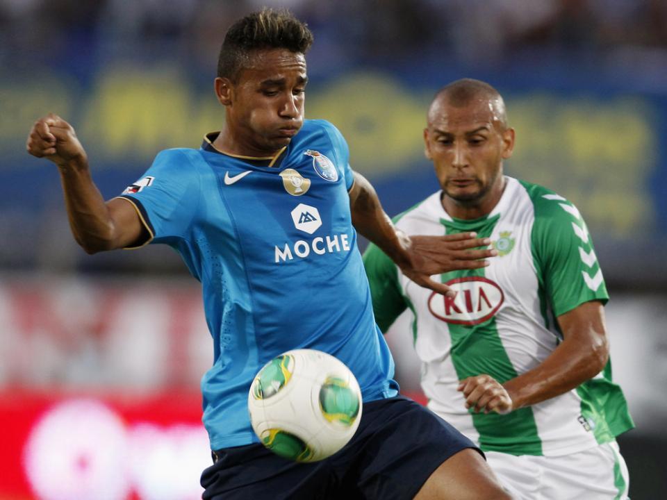 FC Porto: regresso ao trabalho com 11 jogadores