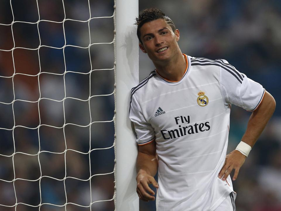 Real Madrid: Cristiano Ronaldo tenta recuperar