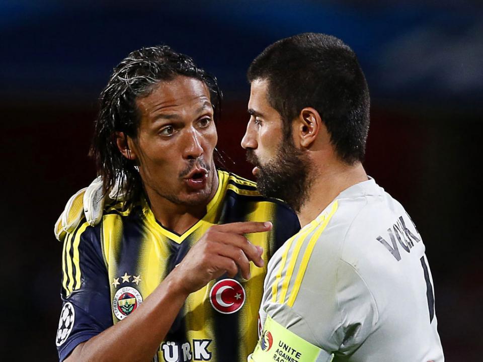 Turquia: Fenerbahçe empata e pode cair para terceiro