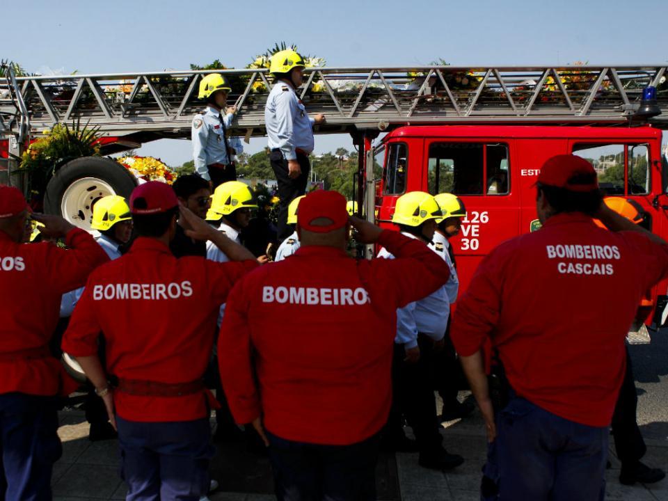 FPF: um minuto de silêncio em memória dos bombeiros