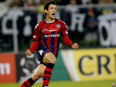 Perfil: Ivan Piris, um lateral ofensivo