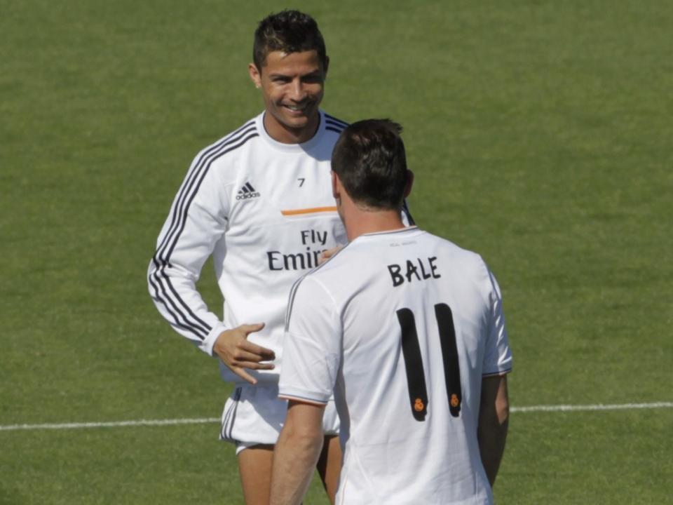 Real Madrid  Gareth Bale tem uma contratura muscular  395c8407d2006