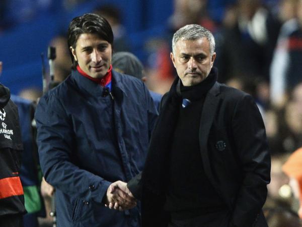 Chelsea não ganha há quatro jogos, mas Mourinho já teve pior