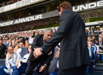 Aperto mão Villas-Boas Mourinho