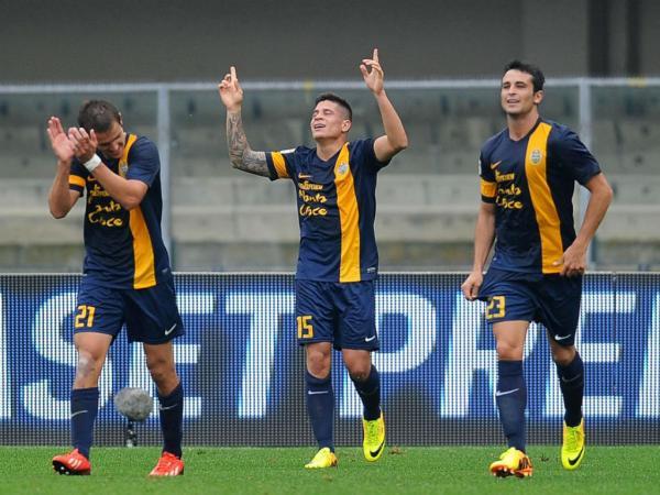 Itália: Juventus líder de 2013, Iturbe marca mais um