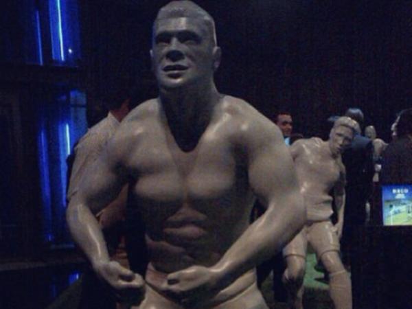 Estátua do Hulk: um pouco musculado demais?