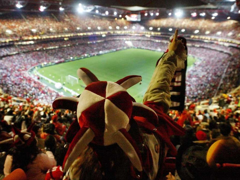 Benfica: sobram apenas mil bilhetes para a receção ao Vitória