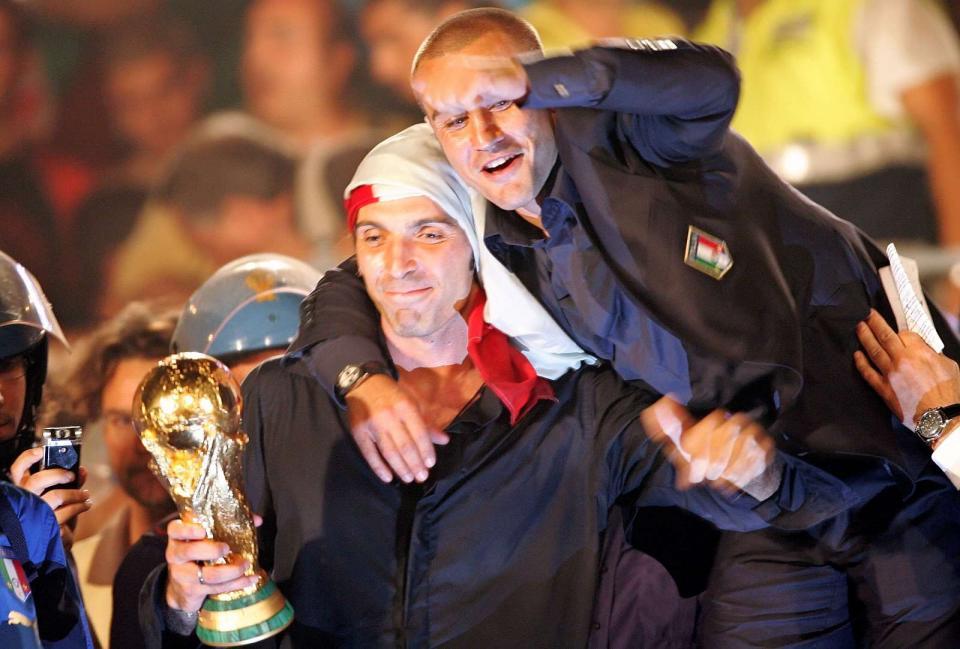 Cannavaro aponta Buffon a presidente da FIGC: «É perfeito atrás de uma mesa»