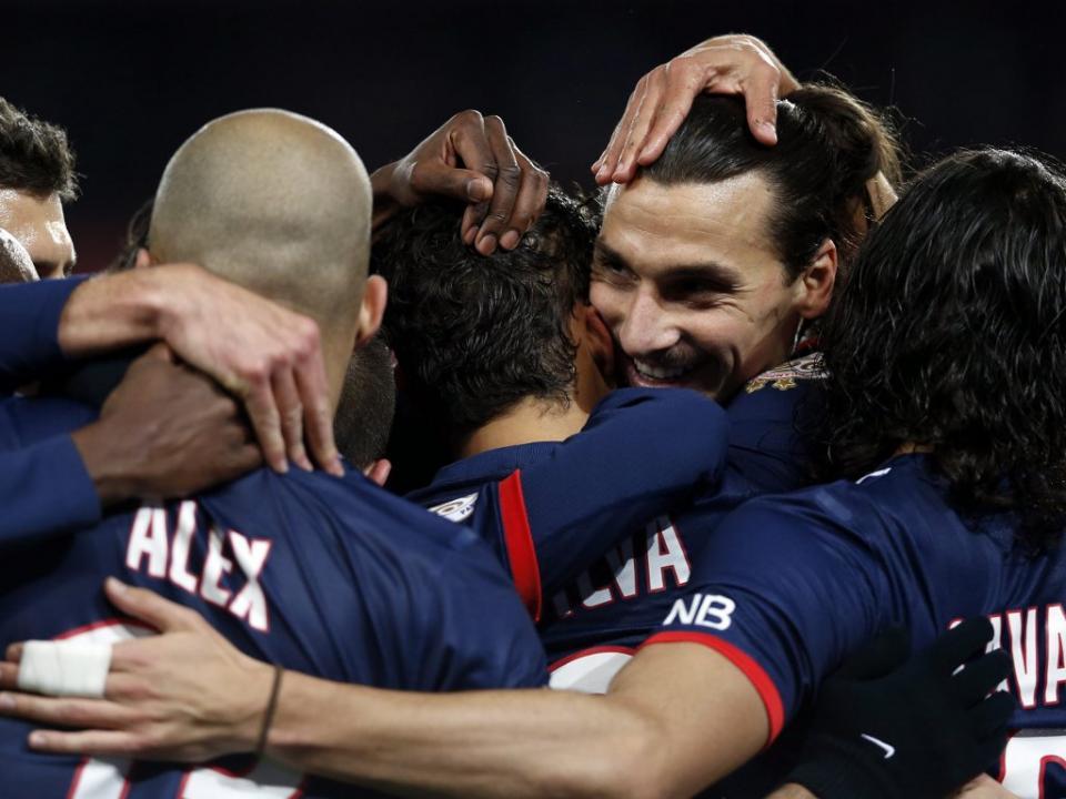 PSG a caminho de Lisboa sem Ibra, Alex e Thiago Silva