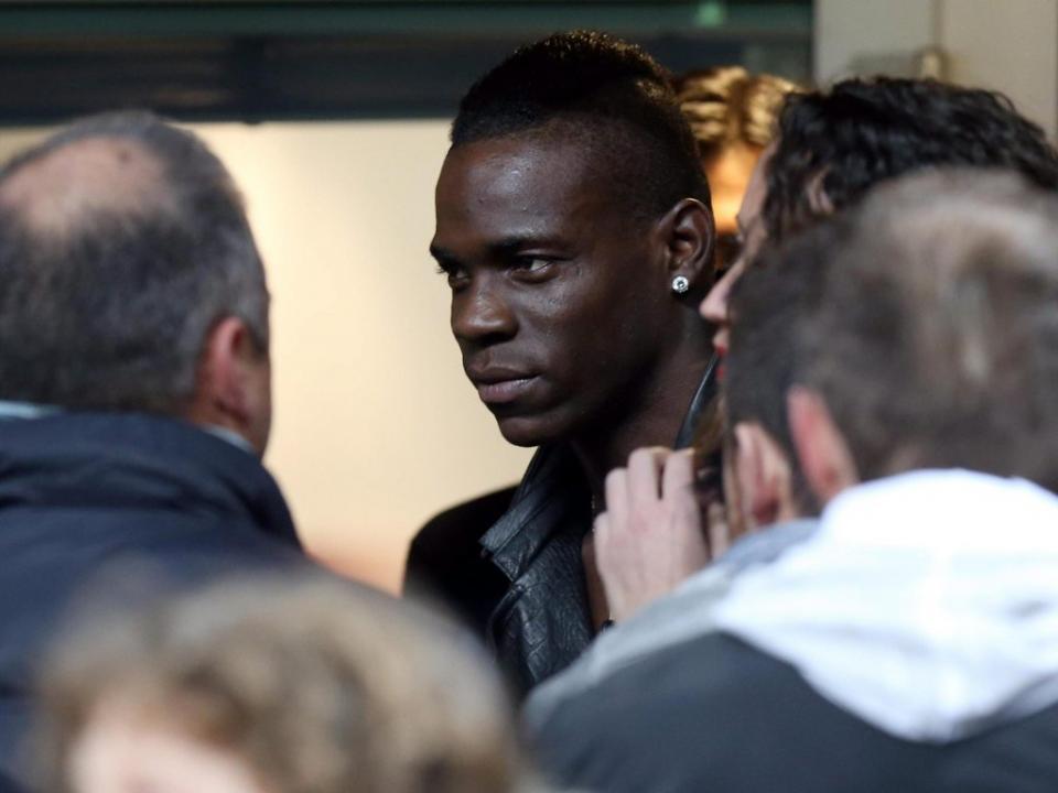 Balotelli: polícia investiga alegada ameaça do italiano