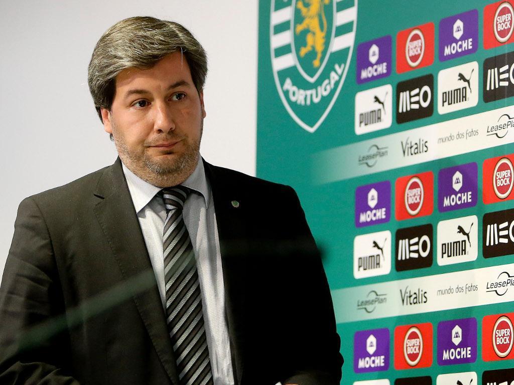 Bruno de Carvalho diz que rejeitou propostas por Rojo e Slimani
