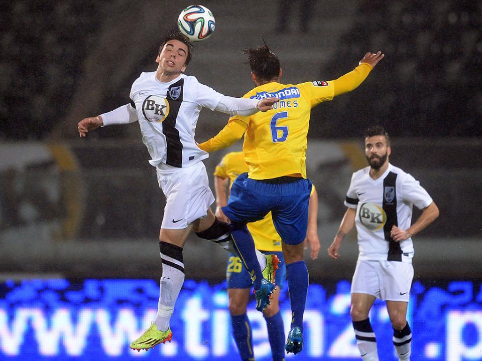 V. Guimarães-Estoril, 1-3 (resultado final)