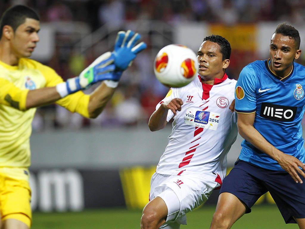 LE: Sevilha-FC Porto, 4-1 (crónica)