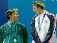 Michael Phelps e Ian Thorpe em Atenas 2004 (REUTERS)